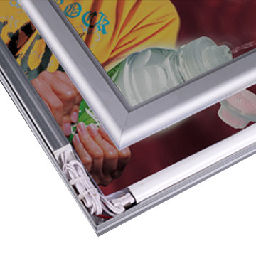 Biển hộp đèn siêu mỏng khung nhôm bật nắp 2